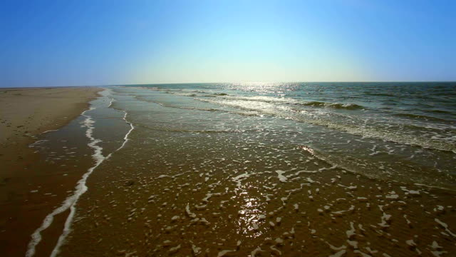 Never ending beach from Amrum in Germany video