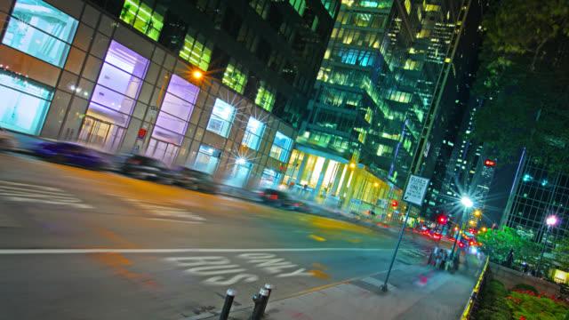 New York street at night. City Traffic. video