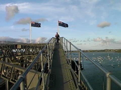 New Zealand: Man Atop Auckland Harbour Bridge After Climb video