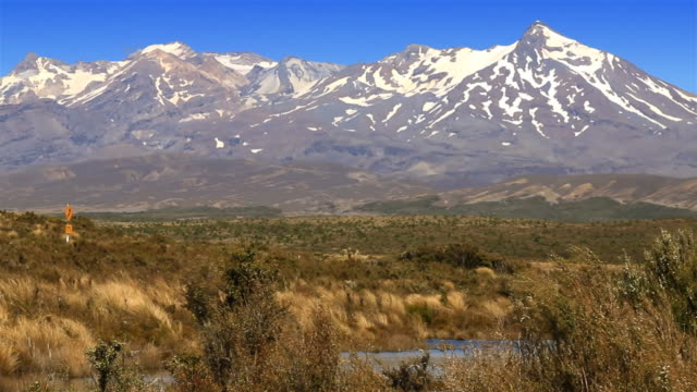 New Zealand: Mt Ruapehu and Desert Road traffic in summer video