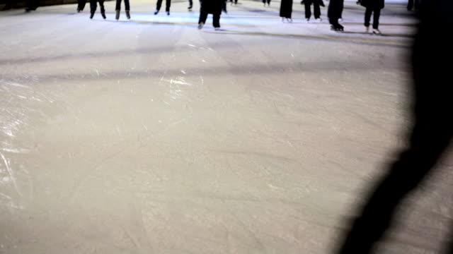 night skaters video