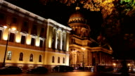 night street in the downtown and St. Isaac's  Isaakievsky Cathedral in St. Petersburg, Russia video