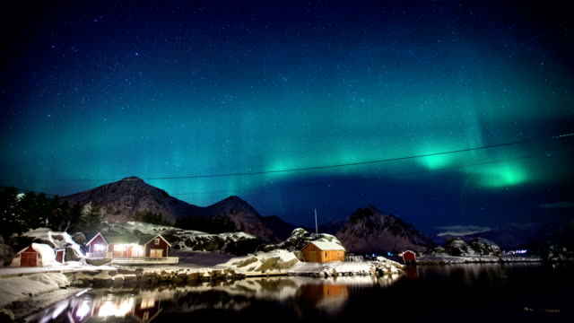 TIME LAPSE: Northern Lights video