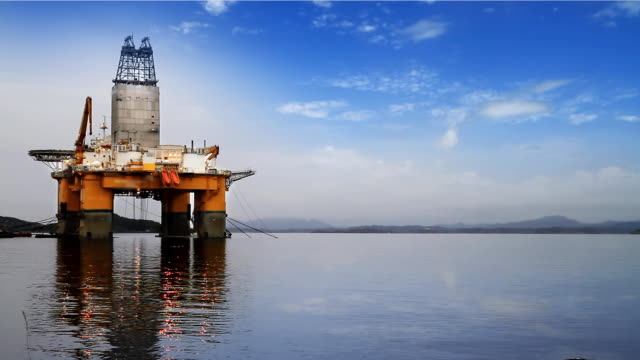 Oil rig video