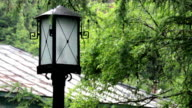 old-fashioned lamp post video