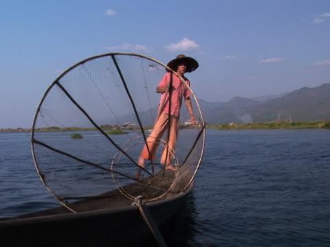 One leg rowing at Inle Lake, Myanmar PAL234 video