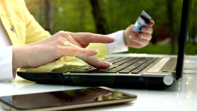 Online Shopping Via notebook video