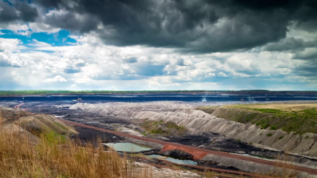 Opencast Mining, Time Lapse video