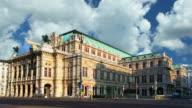Opera house in Vienna, Austria - Time lapse video
