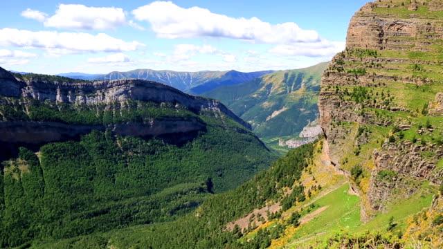 Ordesa y Monte Perdido National Park,Faja de las flores video