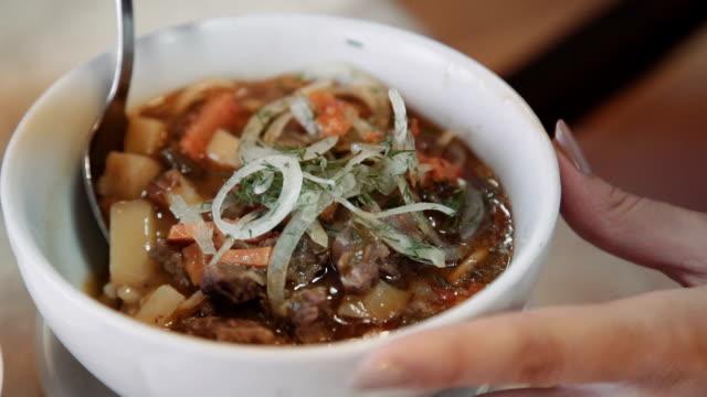oriental uzbek soup lagman - Central Asian cuisine video