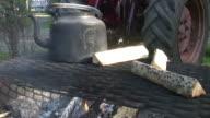 Outdoor coffy brake video