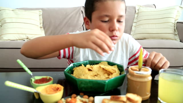 Overeat child having abdominal pain video