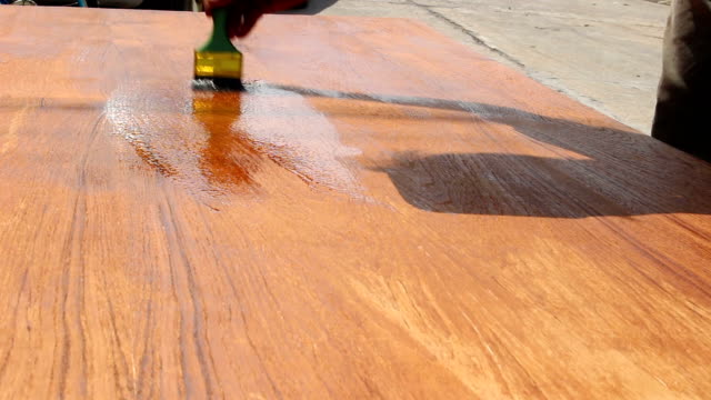 paint wood with lacquer video