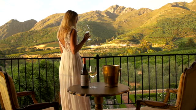 Pairing wine with the sunset video