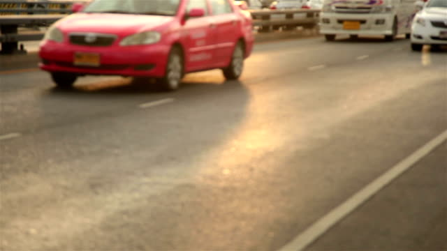 HD Panning: Cars the traffic on road video