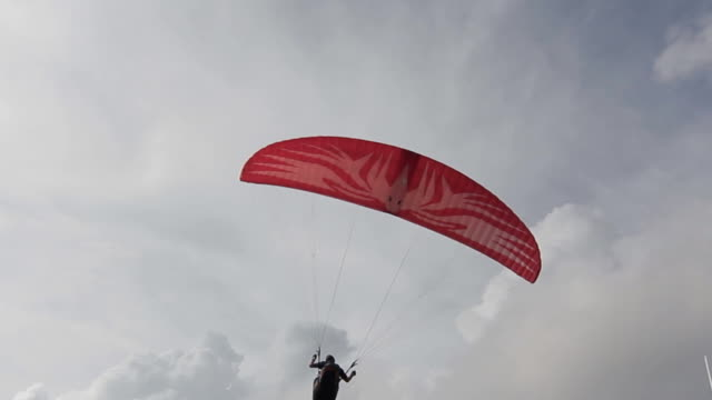 Paragliding at the beach video