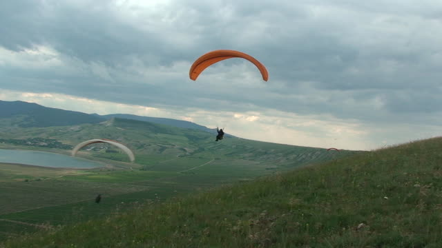Paragliding video
