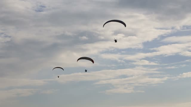 Paramotor flying in the sky video