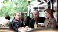 Paris Friends Cafe video
