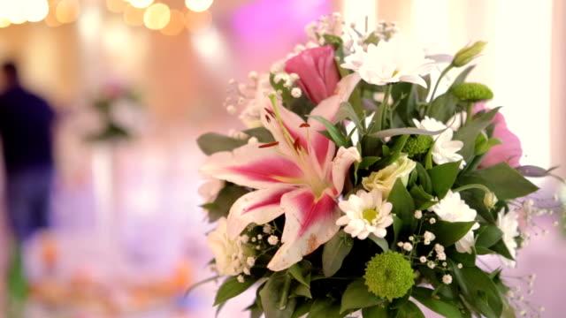 Party flower decoration video