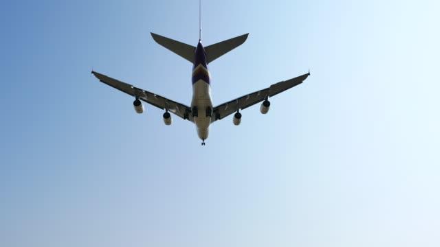 Passenger aircraft landing overhead shoot, 4K(UHD) video