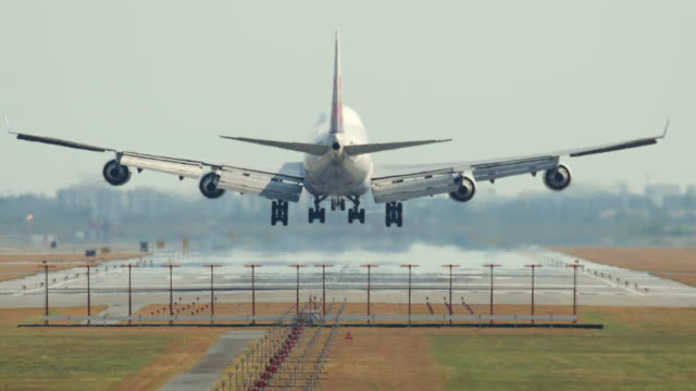 Passenger airplane landing, 4K(UHD) video