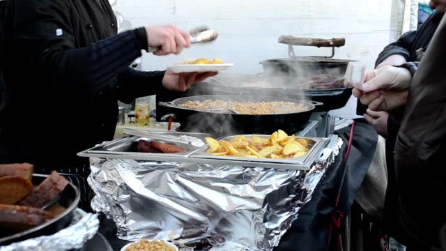 Pea potato food meals bake pan people buy event industry video