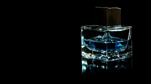 Perfume bottle rotate video
