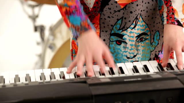 Piano soloist video