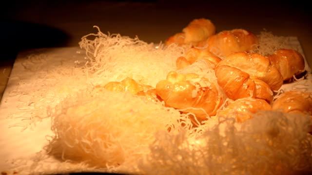 pick croissant up video