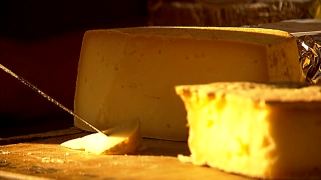 picking cheese video