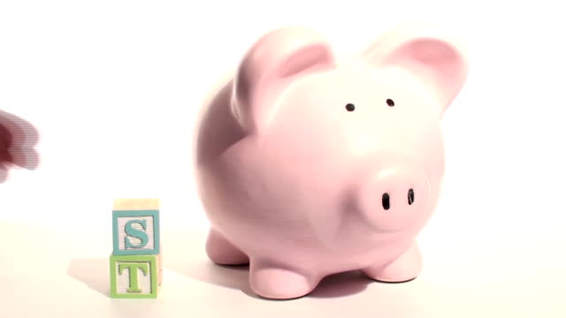 Piggy bank INVEST - HD video