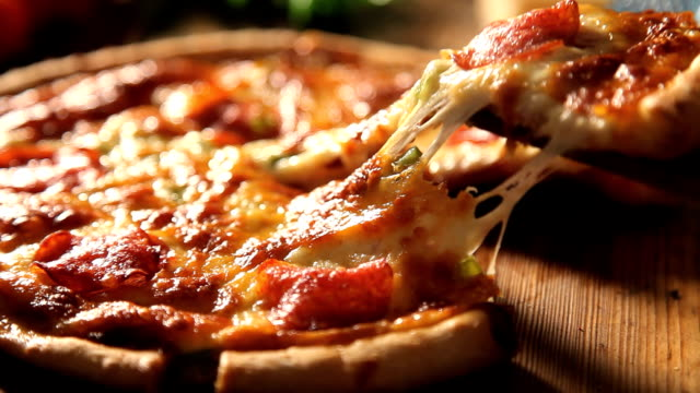 pizza slice video