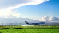 plane landing to airport video