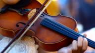 play violin video