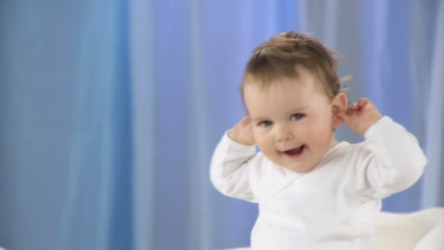 HD DOLLY: Playful Toddler video