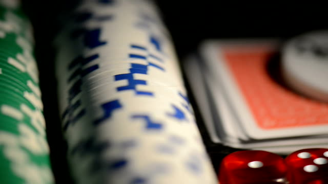 poker chip set video