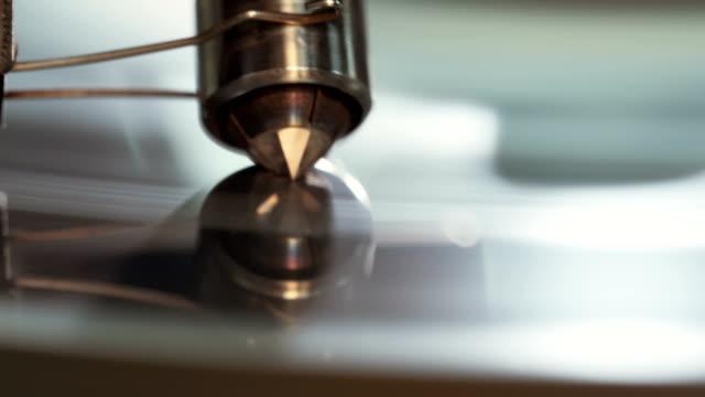 Polishing of a large diamond by automatic machine video