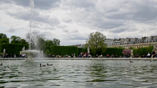 Pond Fountain With Tourists in Tuileries Garden in Paris France video