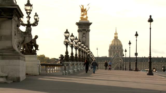 Pont Alexandre III, Paris video