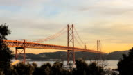 Ponte 25 Abri #02 video