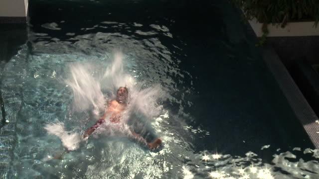 Pool video