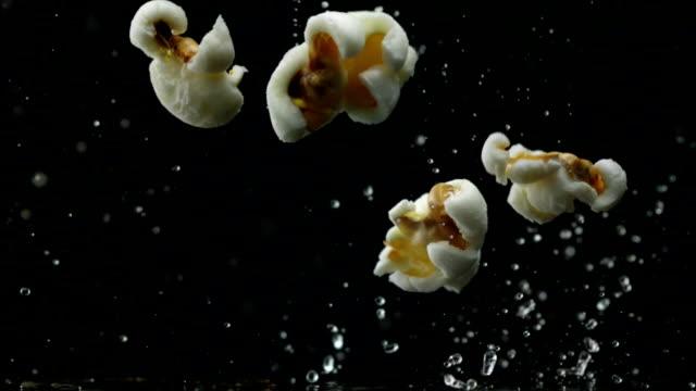 Popcorn popping, Slow Motion video