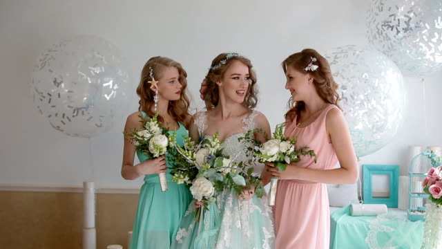 Portrait of the bride and bridesmaids video