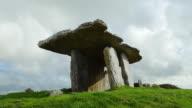 T/L Poulnabrone Dolmen In The Burren video
