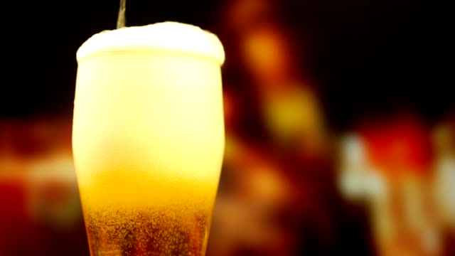 Pouring a glass of beer video