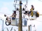 Powerline Workers video