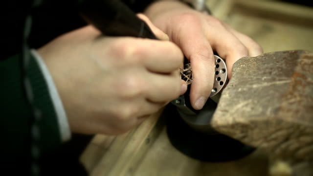 Preparation for setting diamond video