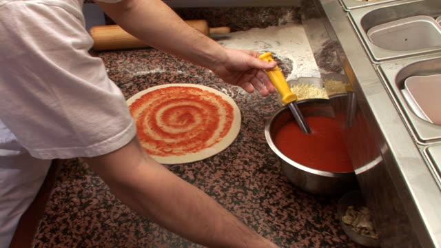 HD: Preparing A Pizza video